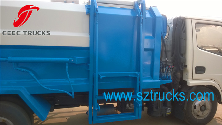 4-6CBM self loading garbage truck