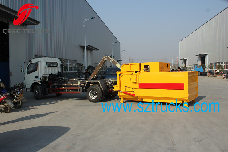 working vedio for CEEC hook lift garbage truck