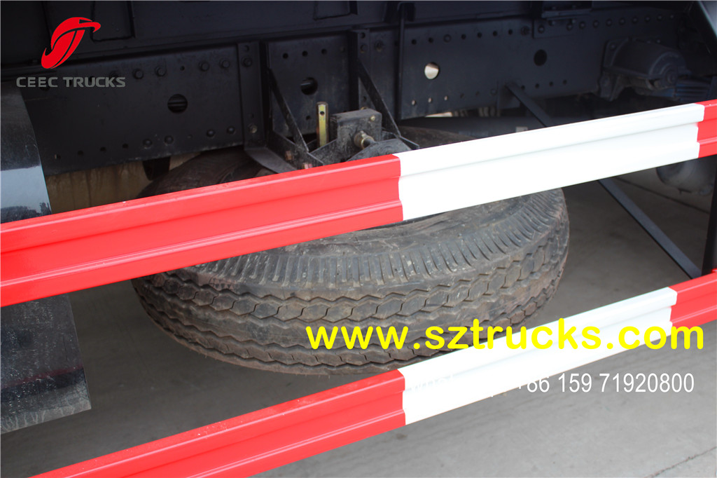 DongFeng 14CBM garbage compactor truck spare tyre