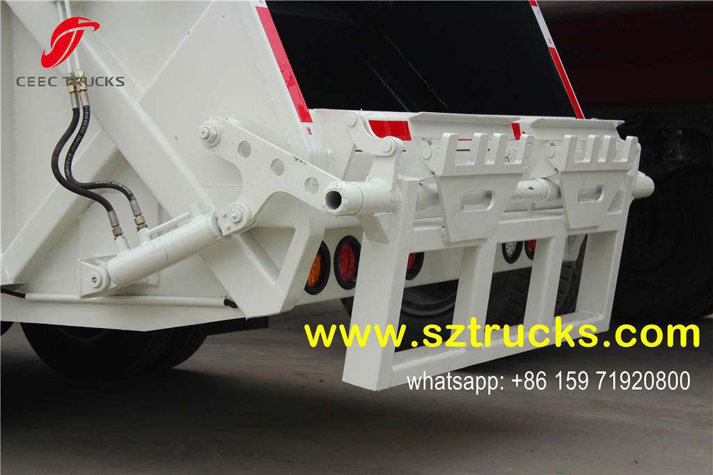 2016 produced 4CBM trash compressor truck rubbish bins tilting device