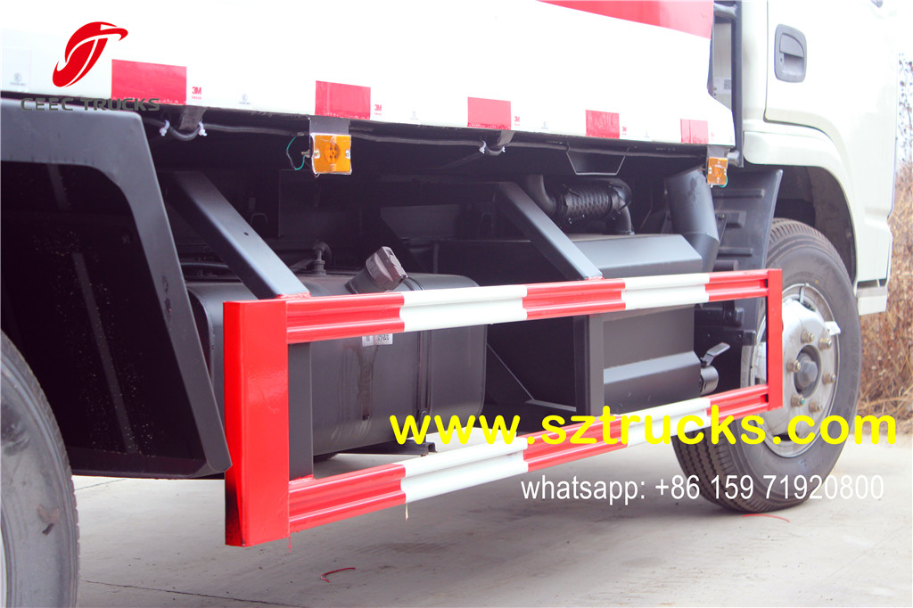 Waste Water Collection Tank (Under compactor body):