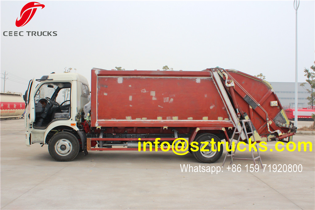 6CBM trash compressor truck for sale