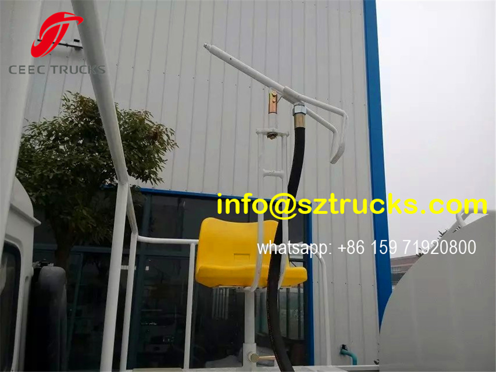 RHD 375HP high pressure jetting truck rear spraying platform