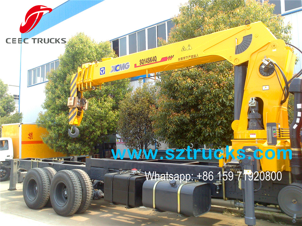 14Tons telescopic truck mounted crane