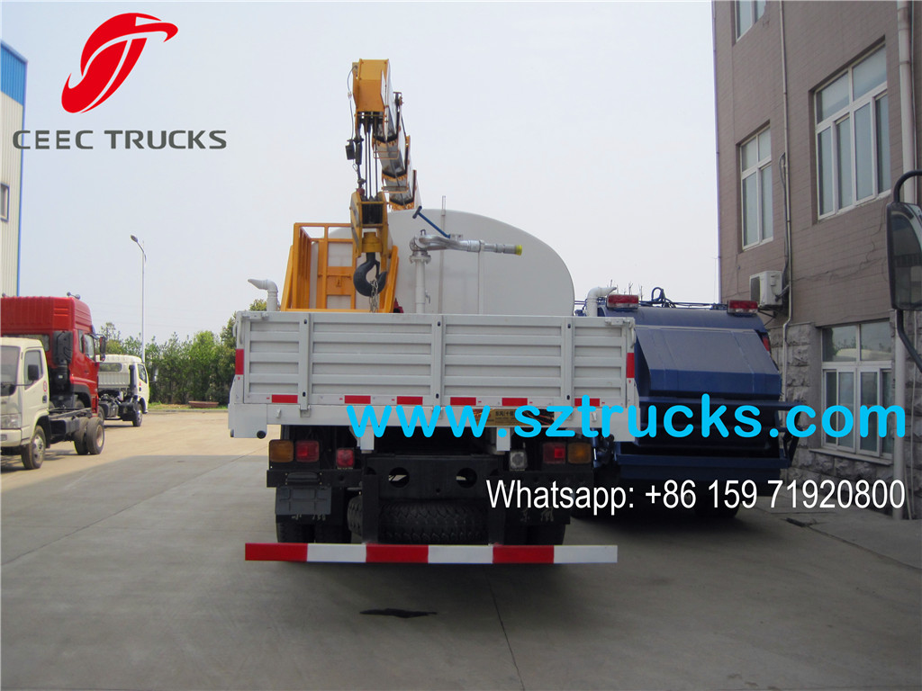 Multifunction 5T truck mounted crane with water tank