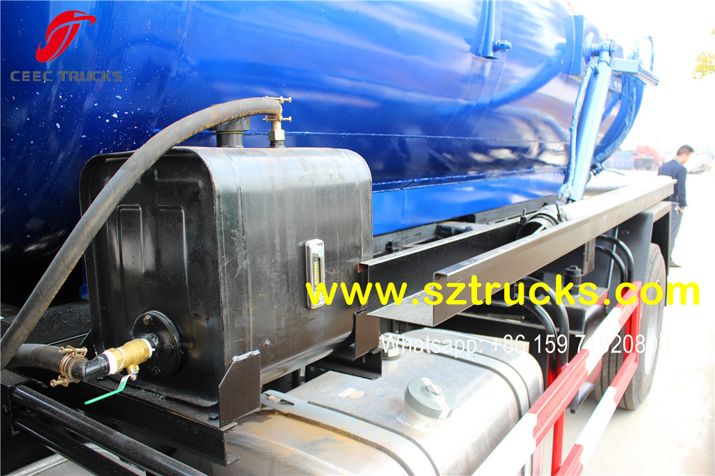 SINOTRUK RHD 10CBM cesspit emptier for export to Kenya