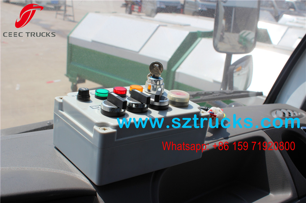 4000Liters Compression Refuse Truck main control box in cabin