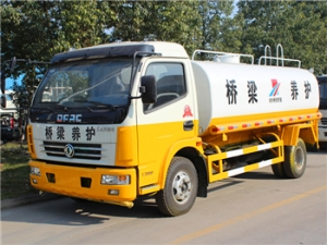 reliable quality 8CBM water tanker trucks export