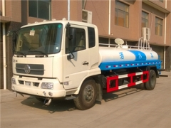 8000liters liquid water tanker trucks hot sale low price