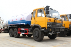 DFAC brand 6x6 water sprinkler tanker trucks wholesale